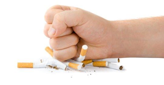 Cuidados bucodentales en pacientes con carillas tabaco